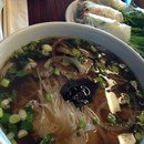 Yummie Pho photo by Waldo S.
