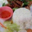Thai Style Fast Food photo by Bella M.