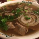 Pho Hoa Noodle Soup photo by Chee Ming Jang